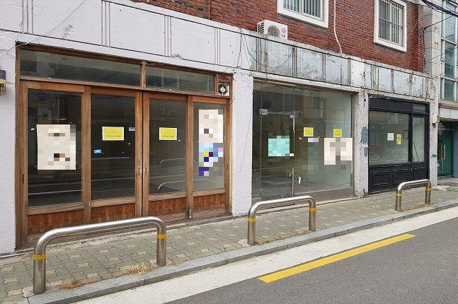 곳곳에 임대문의 안내문이 걸린 서울의 한 메인거리 모습.ⓒ데일리안 원나래기자
