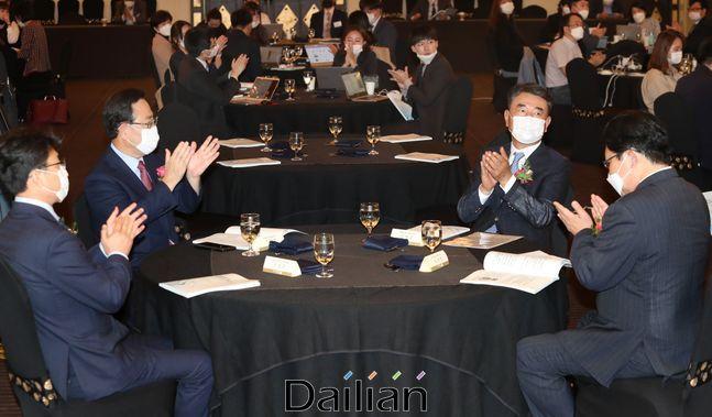 24일 서울 여의도 CCMM빌딩 컨벤션홀에서 열린 데일리안 창간 16주년