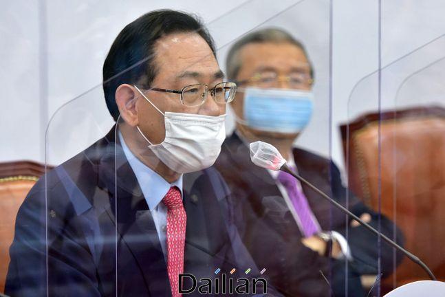 국민의힘 주호영 원내대표가 지난 21일 오전 국회에서 열린 당 비상대책위원회의에서 발언을 하고 있다.(자료사진) ⓒ데일리안 박항구 기자