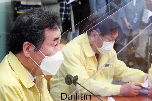 28일 오전 국회에서 열린 더불어민주당 최고위원회의에서 이낙연 대표가 모두발언을 하고 있다.ⓒ데일리안 박항구 기자