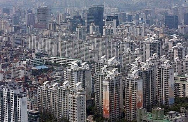 9월 서울 아파트 거래량은 628건으로, 4017건을 기록한 지난달의 6분의 1 수준인 것으로 나타났다. ⓒ연합뉴스