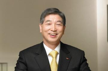 """[비즈&피플] 말띠CEO 정철길 사장 """"청마처럼 달려 행복미래 도전"""""""