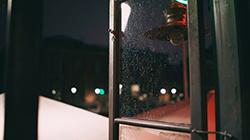 비 내리는 코펜하겐 '밤과 낮'