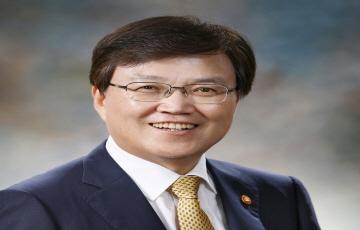 """[신년사] 최양희 장관 """"과학과 ICT 경쟁력 통해 미래성장동력 창출"""""""