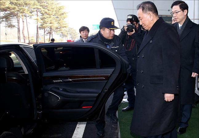 北김영철 방한, '안일한 안보태세' 논란 일파만파