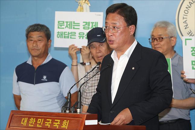 평화당 당권경쟁 뛰어든 유성엽…千·朴 지원 기대