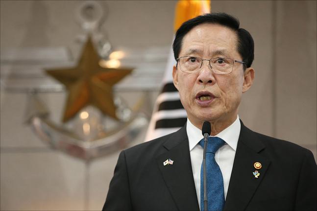 軍 개혁 드라이브 가속화…커지는 안보 우려