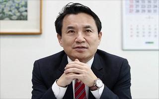 """[당권주자 연속인터뷰] 김진태 """"'右기준점' 내가 나설 때"""""""