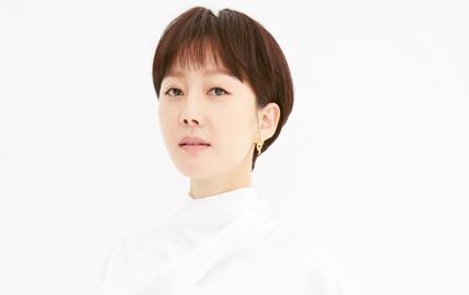 """[D-인터뷰] 염정아 """"아이돌도 아닌데…폭발적 관심 신기"""""""