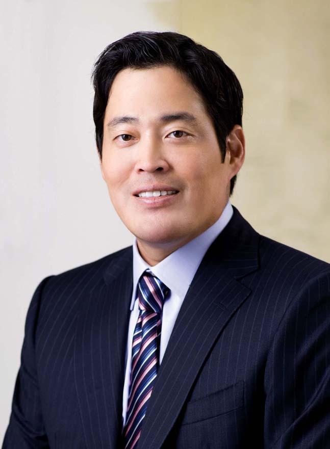 [CEO가 뛴다-3] 정용진 신세계 부회장, 해외진출과 이커머스로 활로 모색