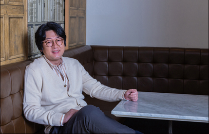 "[D-인터뷰] 김윤석 ""감독 데뷔, 지금이 적기다 싶었죠"""
