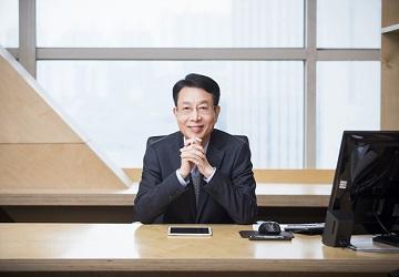"""[CEO가 뛴다-24] 김대철 HDC현대산업개발 사장 """"스스로 변화의 주인공되자"""""""