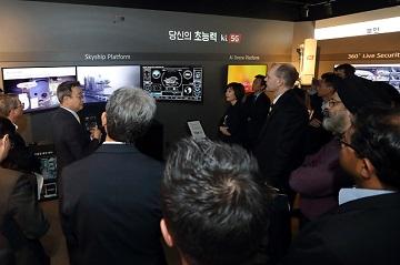KT, 글로벌 통신 리더들에 세계 최초 5G 소개