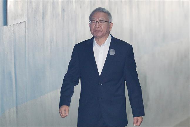 """양승태, 검찰 향해 독설…""""소설로 가득한 공소장, 처음 봐"""""""