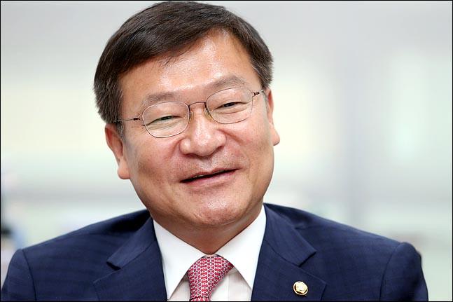 """[인터뷰] 정점식 """"황교안은 '부드러운 리더십', 나경원은…"""""""