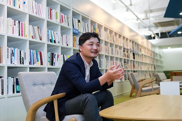[CEO가 뛴다-60] 김범수 카카오 의장, 사업 신대륙 찾는 '콜럼버스' 리더십