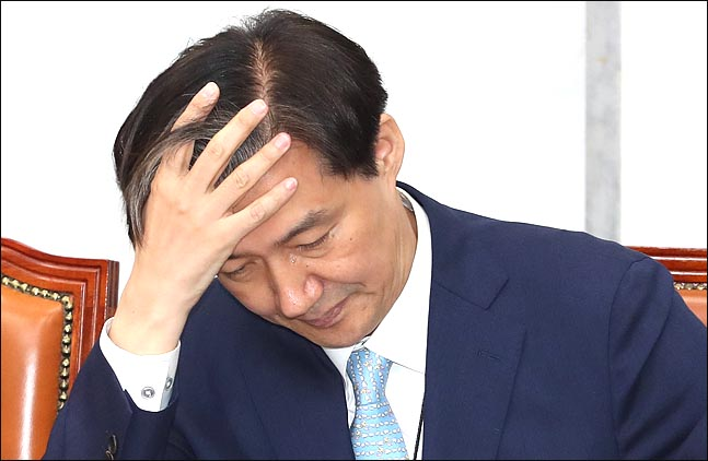 [데일리안 여론조사] '조국 법무장관', 찬반 여론 오차범위내 '팽팽'