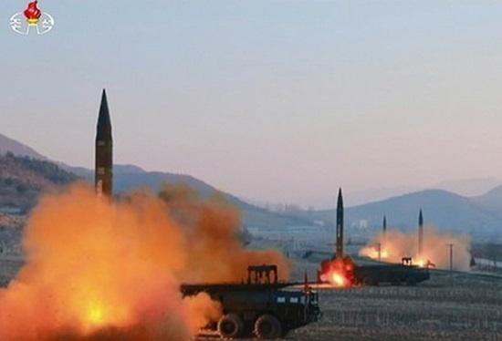 '최후통첩 책략'으로 덤비는 북한