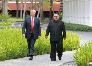 """트럼프, 싱가포르 회담전 """"김정은, 대단한 골퍼"""" 칭찬"""