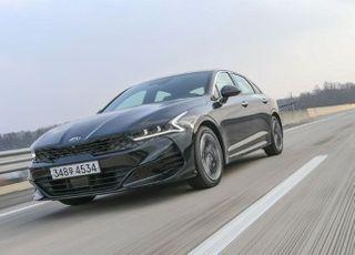 기아차 K5, '2020 올해의 차' 대상·디자인상 2관왕