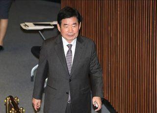 """김진표 국회 코로나특위 위원장 """"사회적 거리두기 간곡히 부탁"""""""