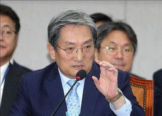 [코로나19] 노영민, '사망자 수'로 대응 순위 매겨 논란