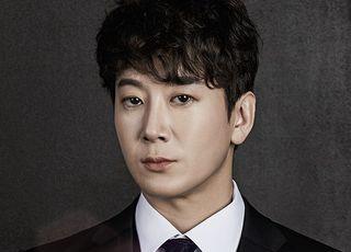 '정치 발언 논란' 허규, 뮤지컬 '미아 파밀리아'서 하차