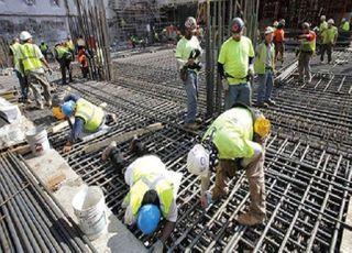 [이제는 경제다] '흔들흔들' 건설업...공공공사 조기 발주가 '오아시스 '