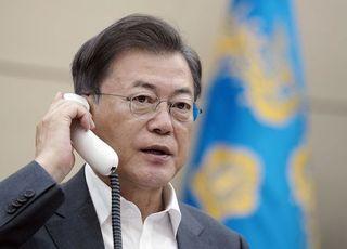 총선 승리에…文대통령 지지율 57.1%까지 상승