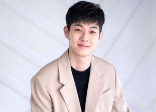"[D:인터뷰] 최우식 ""글로벌 인기 실감, 팔로워수 급증 신기했죠"""