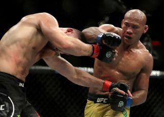소우자 코로나19 감염…UFC 해명도 거짓 들통