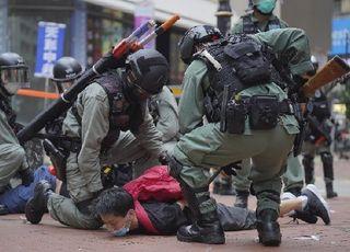 '민주화' 자부해온 집권세력, 왜 홍콩에 침묵하나