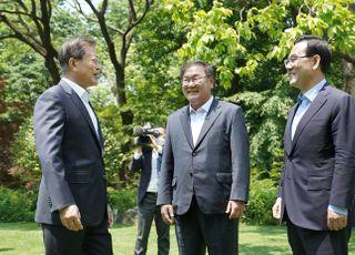 관록의 주호영, 청와대 오찬 회동서 文대통령·김태년 웃음 터뜨렸다