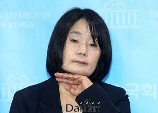 [풀리지 않는 윤미향 의혹①] '내역공개' 없는 개인계좌 소명