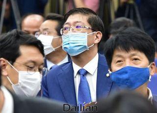 """DJ 3남 김홍걸, 재판 다툼 논란에 """"악의적 보도…법 위반 없다"""""""