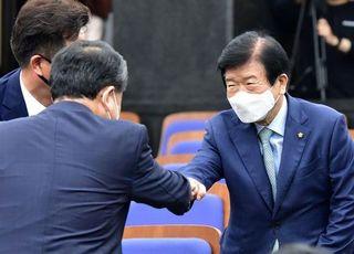 [21대 국회 개원] 출발부터 반쪽…역할 막중해진 박병석 국회의장