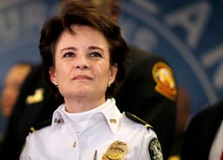 애틀랜타 백인경찰 흑인사살에 경찰서장 사임·현장경관 해임
