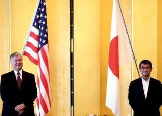 """일본 외교·안보 당국자 만난 비건…""""북한과 대화 준비돼 있다"""""""