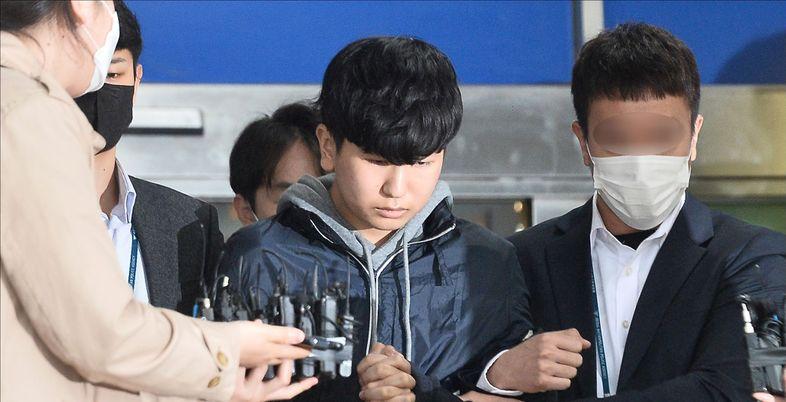 민주당 지명한 공수처장 추천위원, 'n번방' 공범 변호 논란으로 자진사퇴