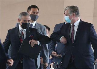 '남북협력 지지한다'던 미국, 한국 독자 대북사업 가능성엔 '침묵'