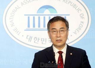 """최형두, 정권 공수처 속도전에 """"특별감찰관이나 임명하라"""" 맞받아"""