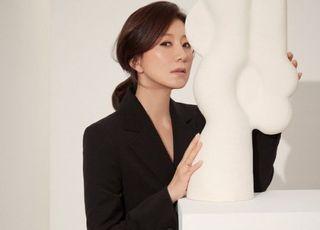 "[D:FOCUS] 김희애 ""부끄럽지 않은 연기하고파"""