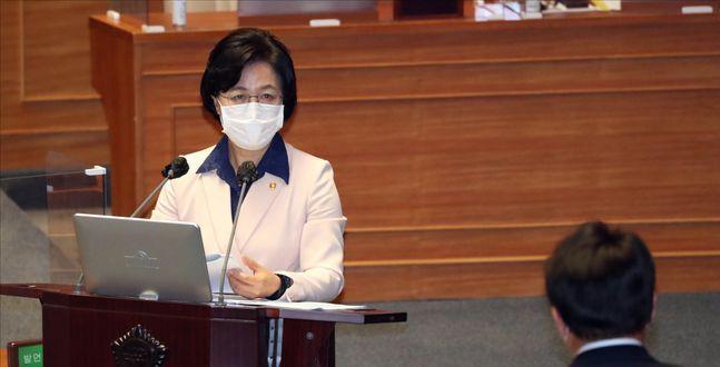 민주당, 추미애 방어전 성공? 헌신짝된 '공정'