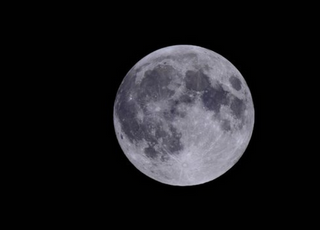 """전국서 구름 사이로 보름달 뜬다…""""밤 12시 가장 높아요"""""""