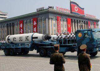 '신무기' 공개 전망 북한 열병식, 생중계 안할 듯