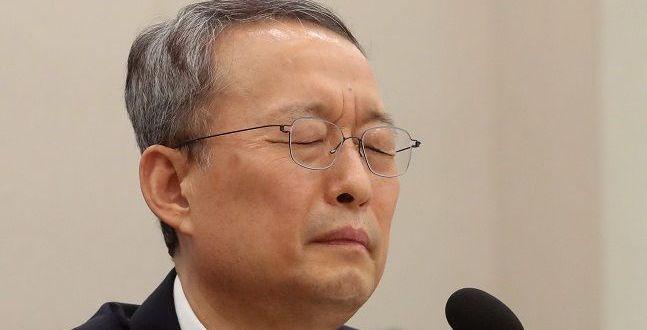 """백운규 전 장관, 원전정책과장에 """"월성1 경제성 없다"""" 결론내도록 지시"""