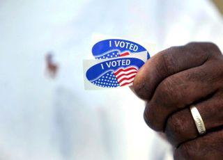 미 대선 역대급 사전투표, 누구에게 유리할까