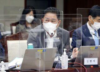 """군 간부가 與김병기 아들 죽배달?…진중권 """"아, 군대 다시 가고파"""""""