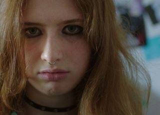 [볼 만해?] 영화 '터치', 사이버 세상에서 걸어나오는 10대들